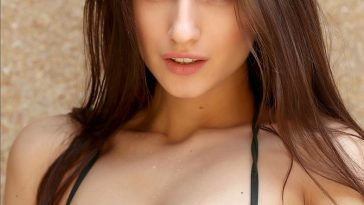 Boobs Out Brunette